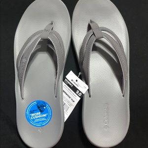 Columbia woman's sandals